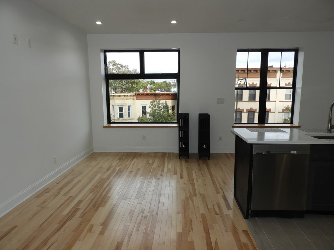 Apartment Nostrand Ave  Brooklyn, NY 11226, MLS-CR126-5