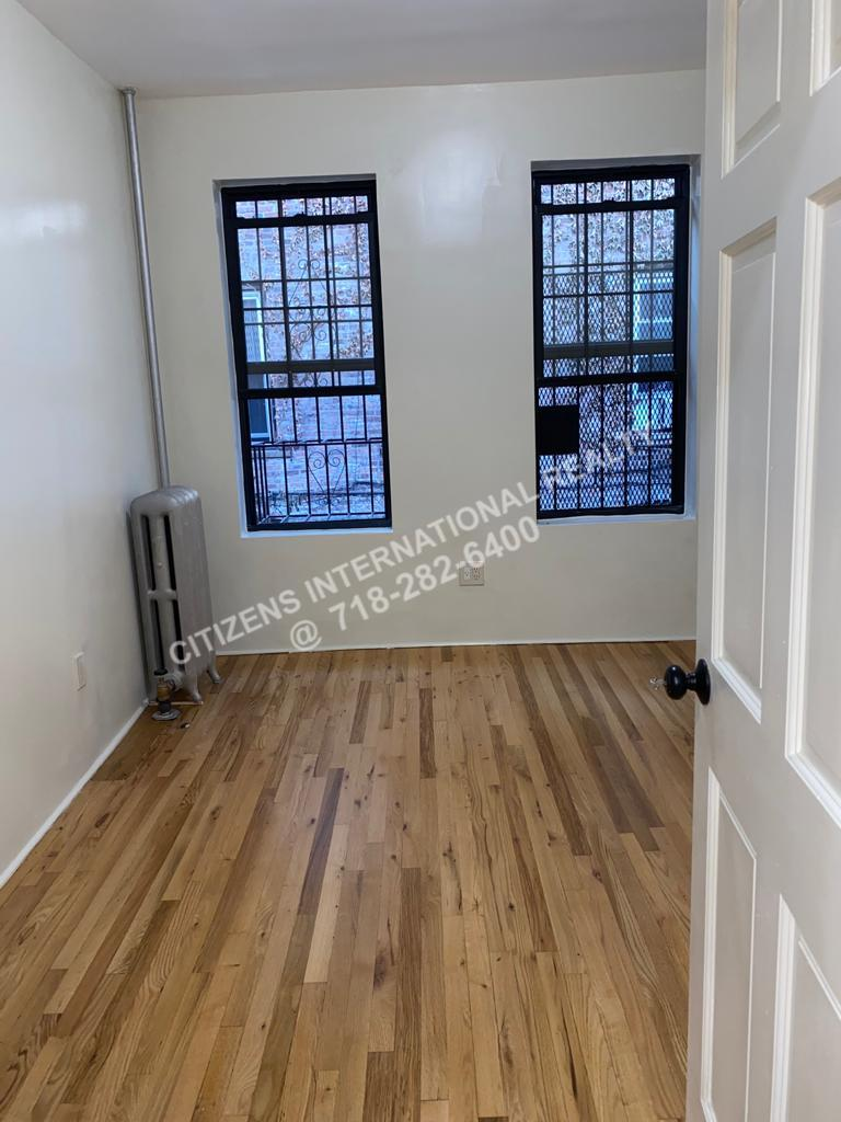 Willmohr   Brooklyn, NY 11212, MLS-CR152-3