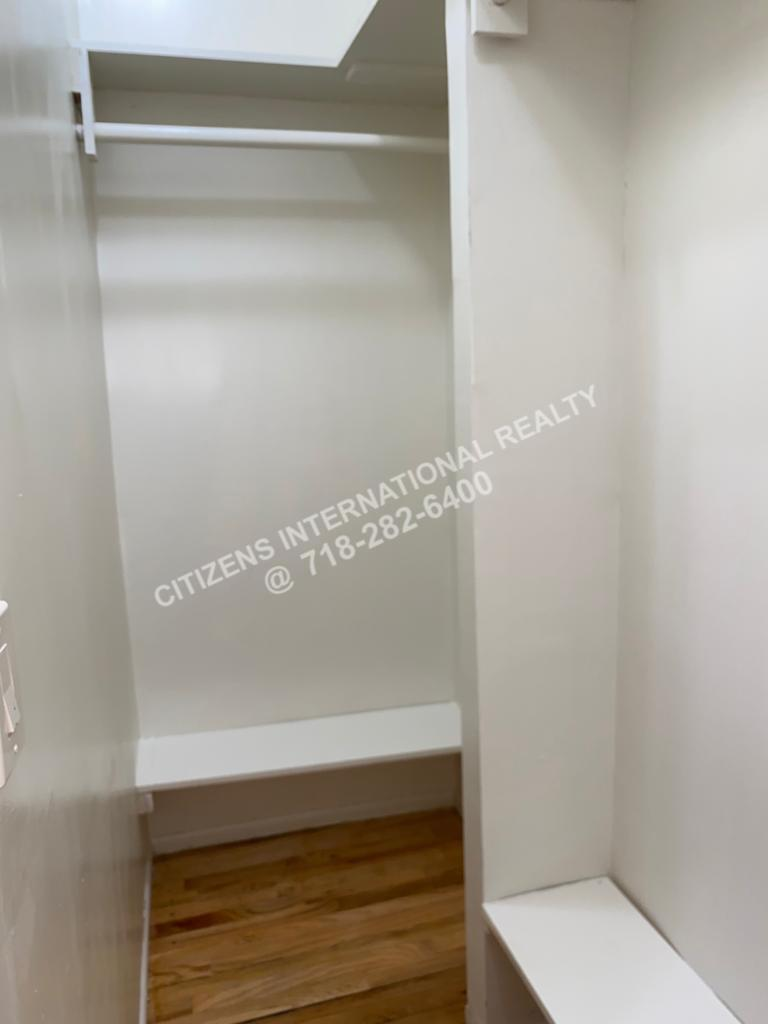 Willmohr   Brooklyn, NY 11212, MLS-CR152-4