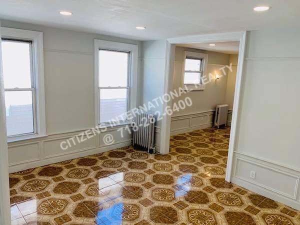 East 31  Brooklyn, NY 11226, MLS-CR116-7