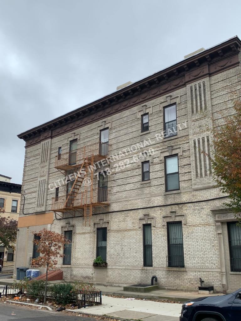 Condo Bainridge  Brooklyn, NY 11233, MLS-CR122-5